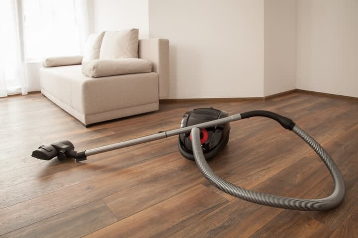 hardwood floor vacuuming